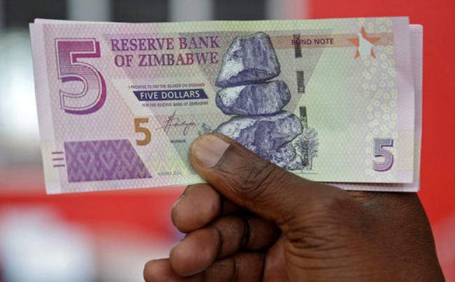 Зимбабве окончательно отказалась от хождения иностранных валют на своей территории